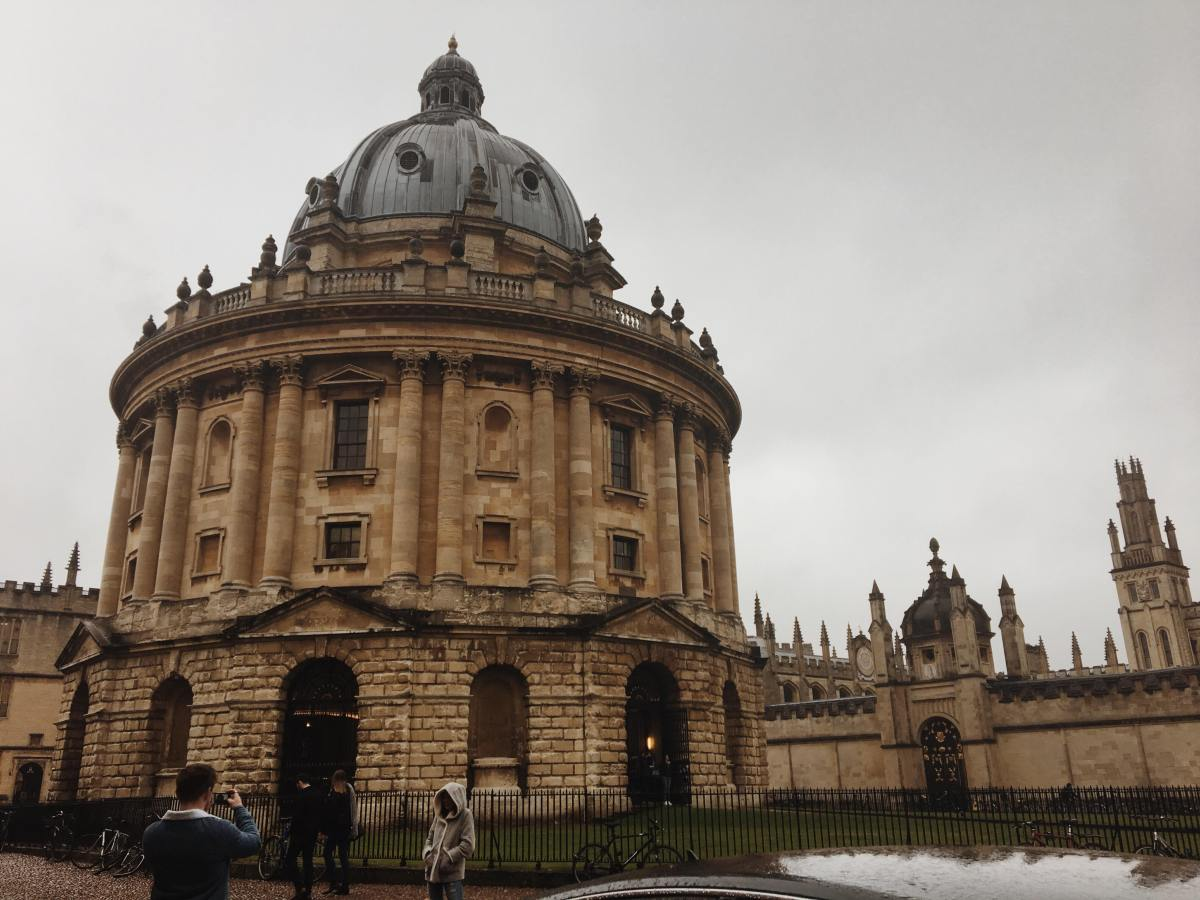 Oxford Travel Guide